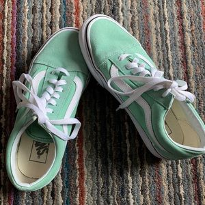 Vans Old Skool Off the Wall Size 7 - Mint Green